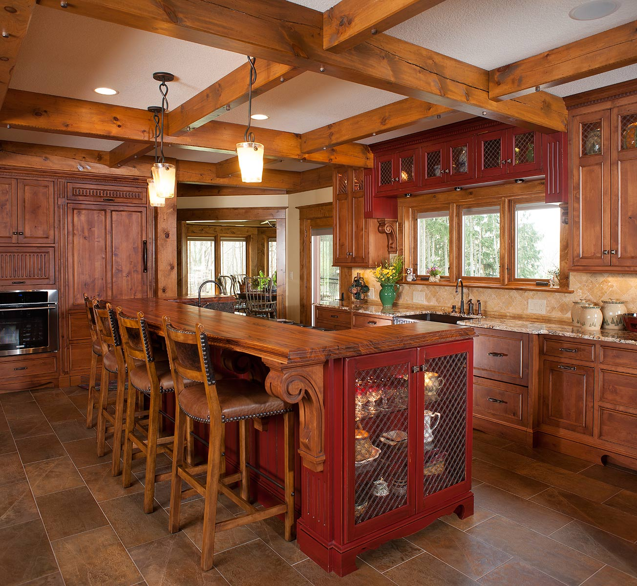 Knotted Oak Kitchen Cabinets: Rustic Kitchen Retreat