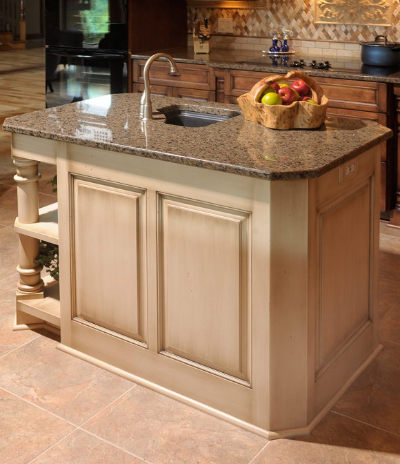 Amish Kitchen Cabinets Ohio: A Traditional Kitchen Which Meets The