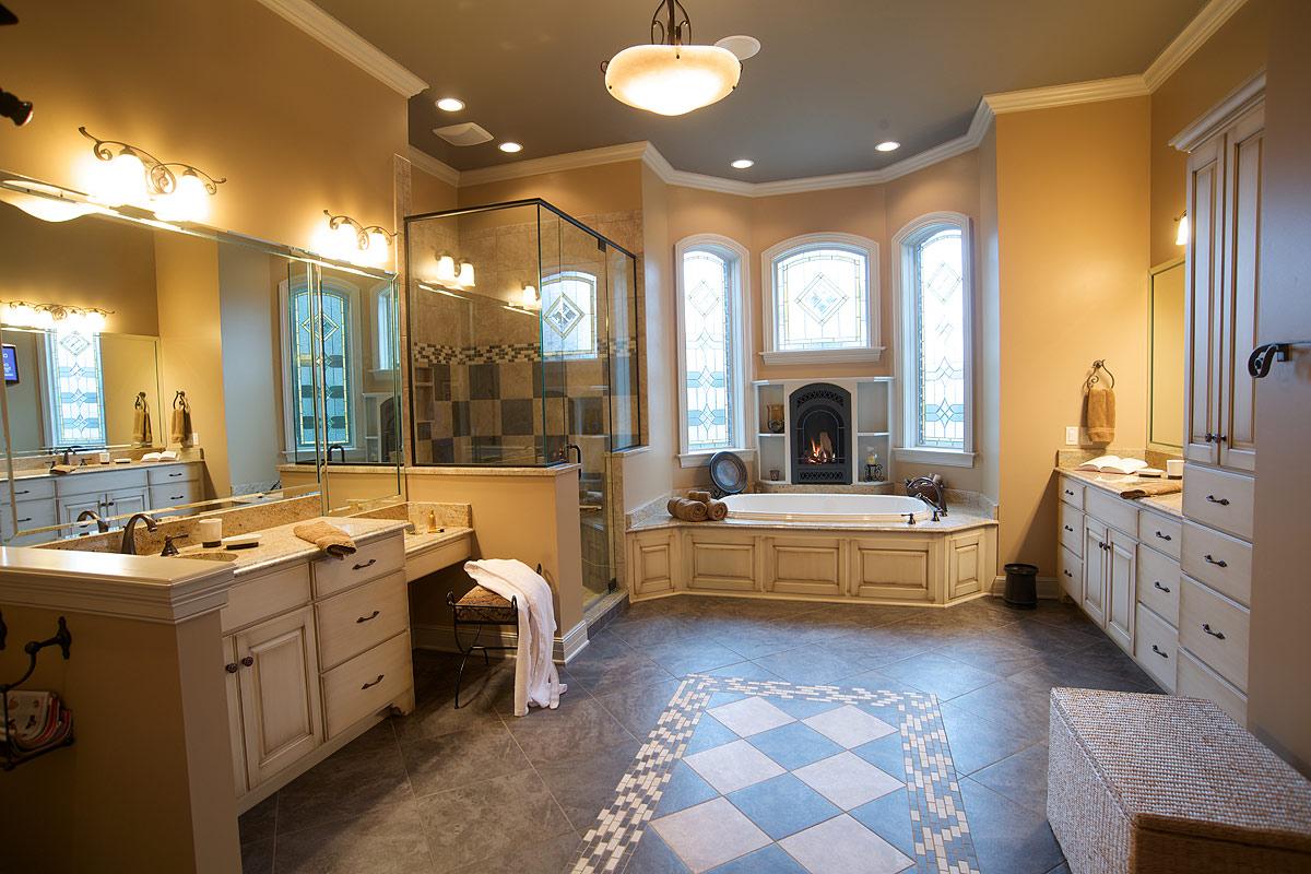 Mullet Cabinet Cozy Master Bath