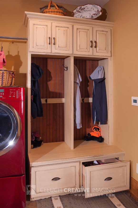 Laundry-Room-Locker