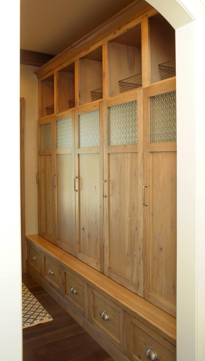 Locker Room Locker Counter