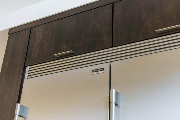 Sleek & Simple Modern Kitchen-5