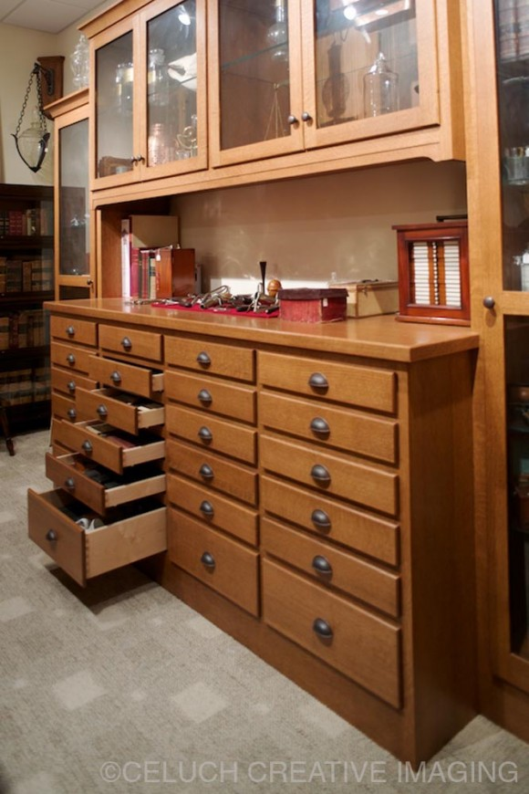 Tizzano Home for Mullet Cabinet
