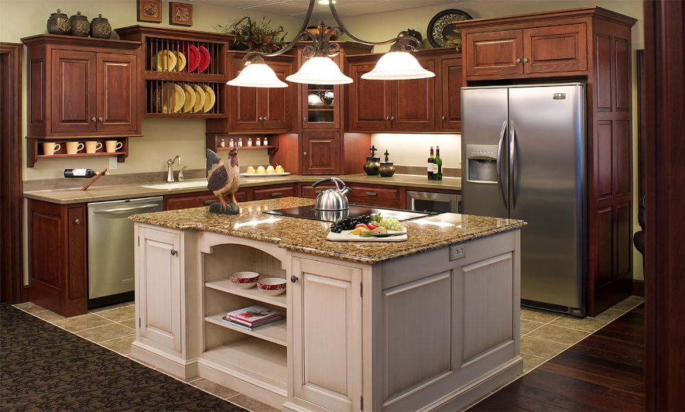 Mullet Cabinet — European Beech Country Kitchen